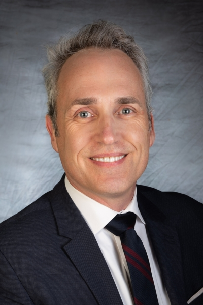 Assistant professor of surgery at cumc (914) 787-4000 dr chefitz is a board-certified surgeon, specializing in laparoscopic surgery and the use of biomaterials, with interests in hernia and